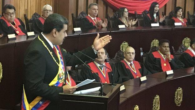 La votación de la OEA tuvo lugar en Washington poco después de que Maduro jurara un segundo mandato de seis años. (Twitter/@leticiadeCuba)