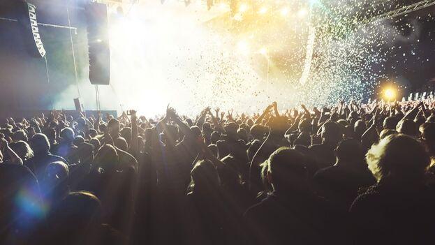 El 'Despacito' de Luis Fonsi ha conquistado todo el planeta, llenando salas de fiesta.