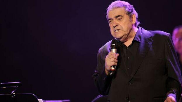 Alberto Cortez llegó a Cuba por primera vez en 1982 y sus canciones contrastaban con la música que entonces se transmitía en los medios oficiales.  (SGAE)