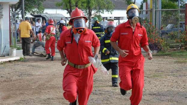 Actividades prácticas para la prevención, los preparativos y respuesta ante diversos peligros de desastres en el año 2009. (Cuba Defensa)