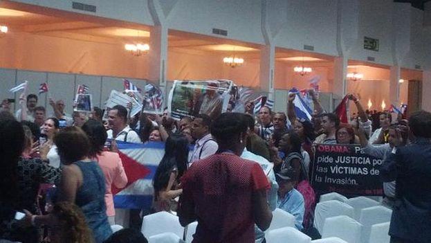 Acto de repudio en el Foro de Sociedad Civil en Panamá