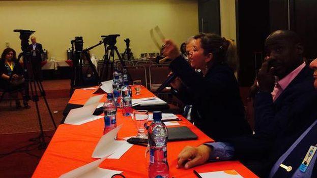 Durante la firma del Acuerdo por la Democracia en Cuba (Foto Directorio Cuba)