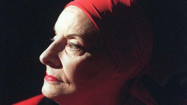 Alicia Alonso, directora del Ballet Nacional de Cuba, posa para una foto en Nueva York, en 1998. (el Nuevo Herald)