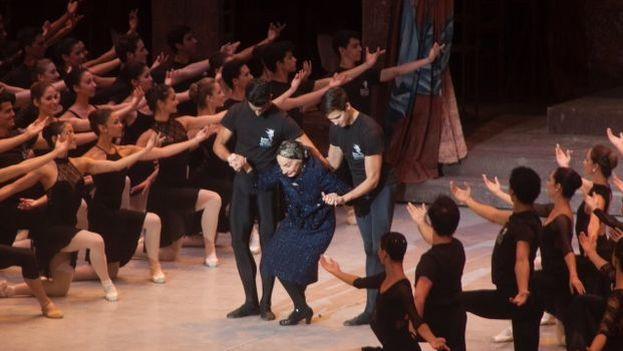 Alicia Alonso en el 24 Festival Internacional de Ballet en La Habana el pasado octubre de 2014. (14ymedio)