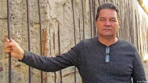 El opositor Ángel Santiesteban-Prats, recién galardonado con el premio Václav Havel. (Twitter/@BlogAngelSP)