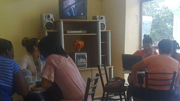 El Café literario de Santa Clara. (14ymedio)