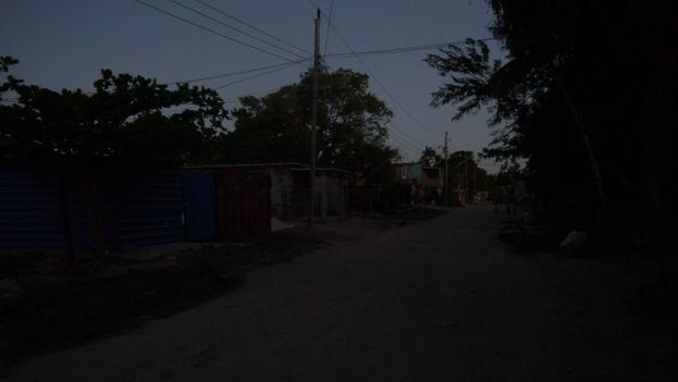 En la ciudad de Camagüey, los apagones, que al principio eran esporádicos y de corta duración, se han vuelto casi diarios y duran varias horas. (14ymedio)