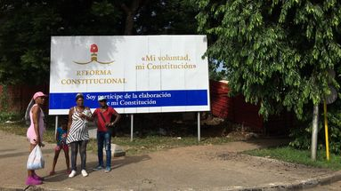 Cartel sobre la reforma constitucional en Cuba. (14ymedio)