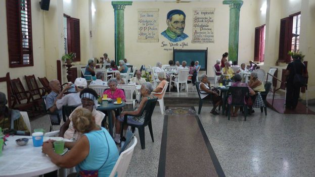 Comedor de la parroquia La Milagrosa, en La Habana. (14ymedio)