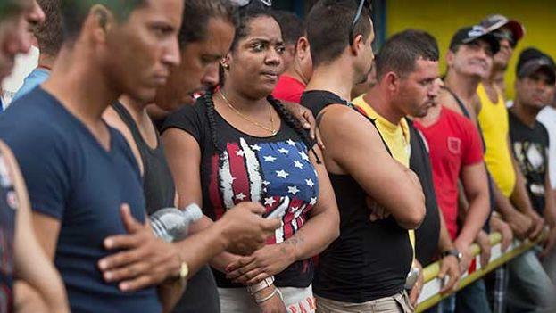 Cubanos aguardan en Costa Rica para seguir camino hacia Estados Unidos (Foto EFE)