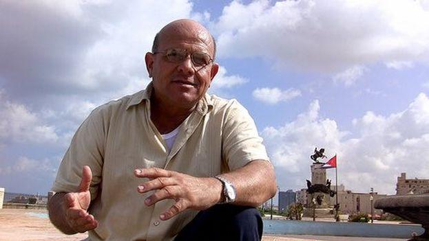 Dagoberto Valdés fue citado este jueves a la una de la tarde en la sede de la Seguridad del Estado de Pinar del Río. (@mariojose_cuba)