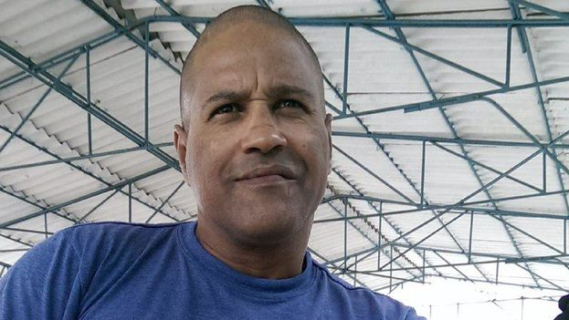 Daniel Llorente cumple este domingo cinco meses de detención desde que fuera arrestado durante el desfile del 1 de mayo en La Habana. (Cortesía)