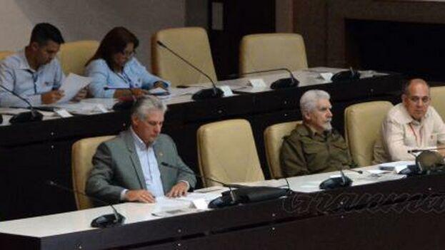 Presidente de Cuba recibe y agradece felicitaciones por su elección