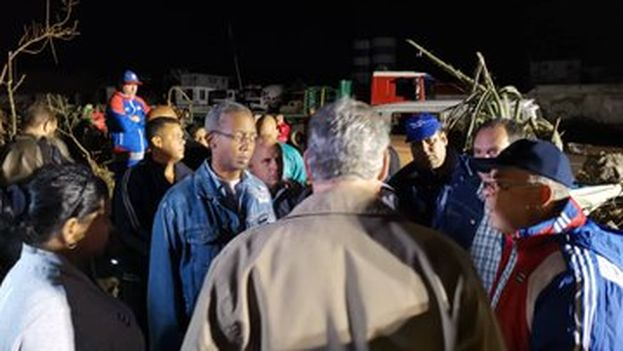 Nadie quedará abandonado, reitera Díaz-Canel a afectados por tornado