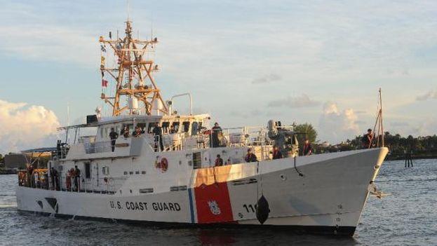 Embarcación de la guardia costera de Estados Unidos. (EFE)