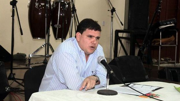 Juan Antonio Fernández Estrada, docente de la Facultad de Derecho de la Universidad de La Habana. (Cubaposible)