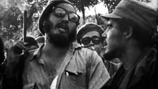 Fidel Castro en las cercanías del Escambray en los años sesenta. (Cortesía)