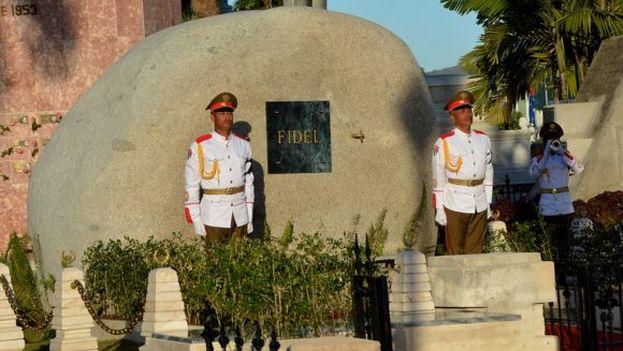 Mausoleo de con las cenizas de Fidel Castro, en el cemeneterio de Santa Ifigenia. (cc)