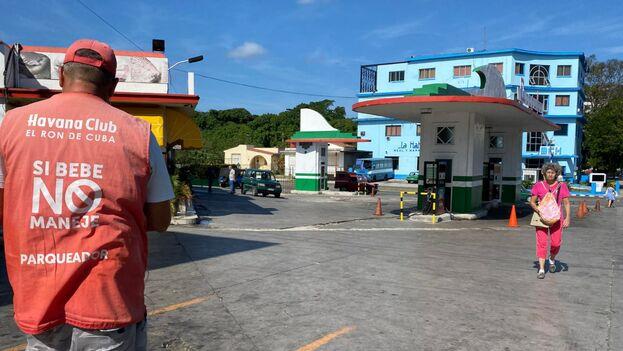 Gasolinera del Acapulco este miércoles. (14ymedio)