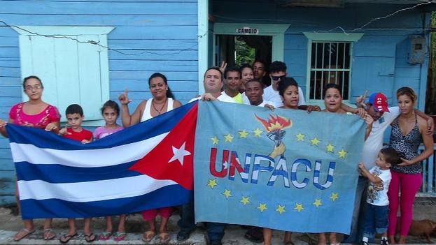 Grupo de la UNPACU