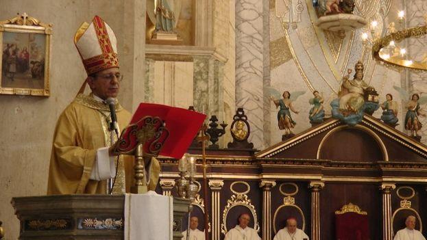 El nuevo arzobispo de La Habana, Juan de la Caridad García Rodríguez presidió la Eucaristía acompañado de varios obispos concelebrantes (14ymedio)