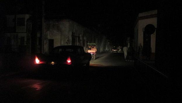 La ciudad de Holguín se quedó a oscuras durante unas cinco horas. (Fernando Donate Ochoa)