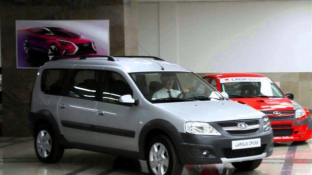 Los Lada, marca líder del mercado automovilístico en Rusia, circulan desde hace más de cuarenta años en Cuba. (Youtube)