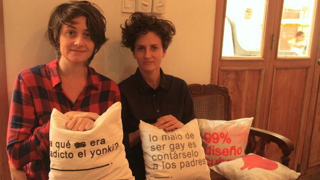 Leire Fernández e Idania del Río gestionan juntas la tienda 'Clandestina'. (14ymedio)