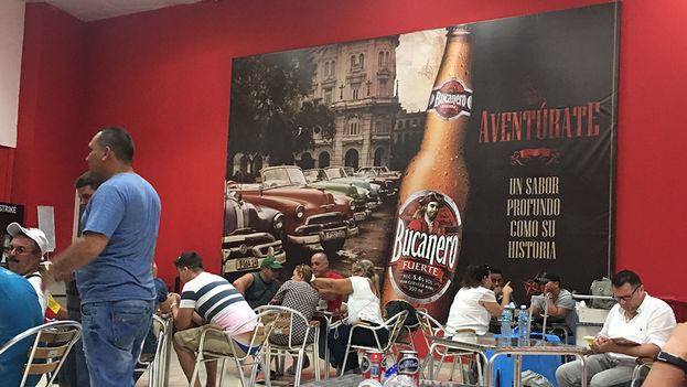 Local gastronómico del Aeropuerto Internacional José Martí de La Habana. (14ymedio)