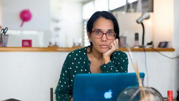 Luz Escobar está 'regulada' y debe permanecer en su casa cuando la Seguridad del Estado considera que hay un evento importante en Cuba. (El Estornudo)