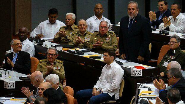 La propuesta de Manuel Marrero Cruz para el cargo recibió la votación unánime por los diputados del Parlamento. (Cubadebate)