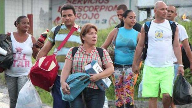Miles de cubanos quedaron atrapados en sucesivas crisis migratorias en Centroamérica. (Archivo)