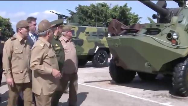 Ministro de Defensa ruso visitando base militar en Cuba (Fotograma RT)