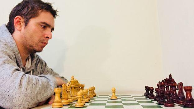 En la actualidad Bruzón vive en Misuri, Estados Unidos, e integra la nómina del equipo de ajedrez de la Universidad de Webster. (Cortesía)