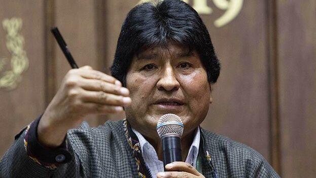 Evo Morales es un estrecho aliado de La Habana, muy cercano también al exmandatario Raúl Castro. (EFE)