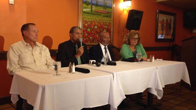 El doctor cubano Óscar Biscet presenta en Miami el Proyecto Emilia