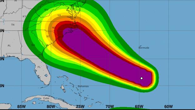 Posible trayectoria del huracán Florence, según el Centro Nacional de Huracanes en Estados Unidos. (EFE)