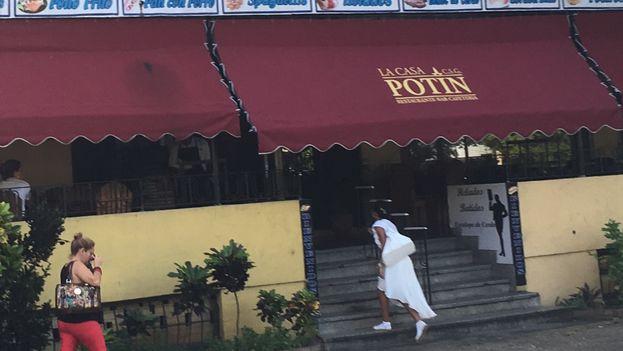 El Potín transitó por varias etapas desde sus días de excelencia a mediados del siglo pasado. (14ymedio)