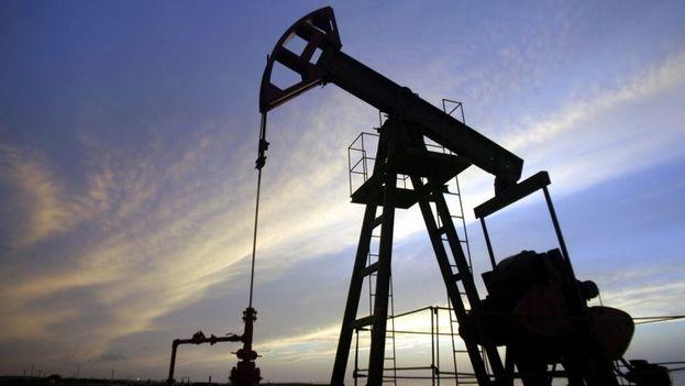 Pozo de petróleo en la costa norte de Cuba. (EFE)