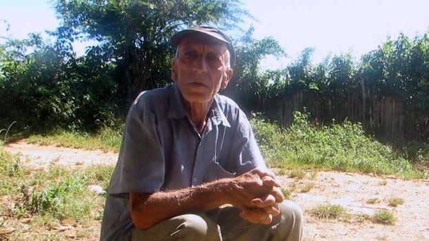 El desmochador Primo Cajales. (Héctor Darío Reyes)