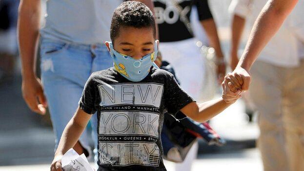 El ministro de Salud Pública cubano, José Ángel Portal Miranda, explicó que se encuentran en vigilancia epidemiológica 29.533 personas en la atención primaria de salud. (EFE)