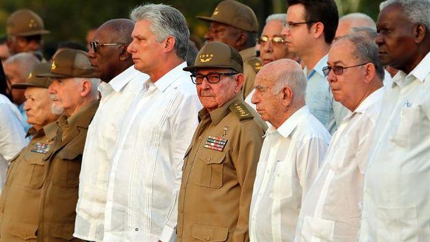 Raúl Castro aprovechó la ocasión también para respaldar la gestión de Miguel Díaz-Canel. (EFE)