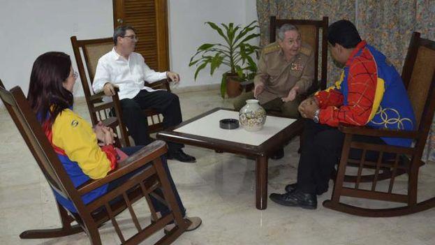 Raúl Castro se reúne con Nicolás Maduro en La Habana