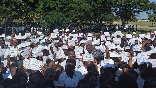 Los alumnos africanos se han agrupado en la red social bajo el lema ˝Je Ne Rentre Pas Sans Mon Diplome˝ (No regreso sin mí título). (Facebook)