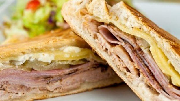Resultado de imaxes para sadwich cubano