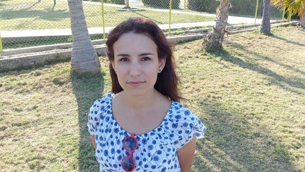 La Seguridad del Estado amenazó a la editora de 'La hora de Cuba' y la pasada semana se le impidió viajar. (Facebook/ La hora de Cuba)