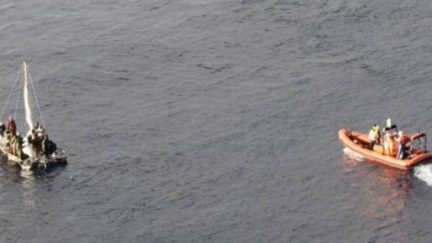 El jugador de los Steelers de Pittsburgh James Harrison, a bordo de este crucero, publicó fotografías del rescate en su cuenta oficial en Instagram. (@jharrison9292)