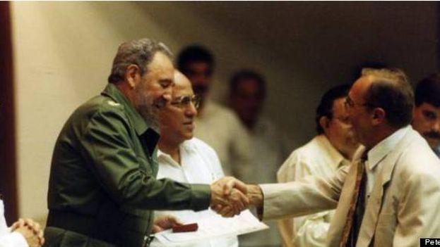 Cuando las más altas autoridades cubanas se llevaban bien con el presidente del Grupo Tokmakjian. (Peter Kent/Hufftington Post)