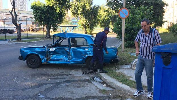 Accidente de tráfico en la intercesión de las calles Bellavista y Colón, en el municipio Plaza
