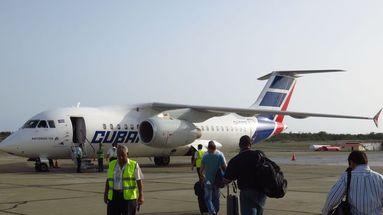 La aerolínea Cubana de Aviación detuvo sus vuelos en mayo de 2018, debido a un problema de disponibilidad de aviones. (Captura)